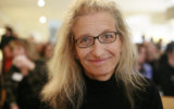 Annie Leibovitz Creates Portrait Memoir to Commemorate 50 Years of Photography 35