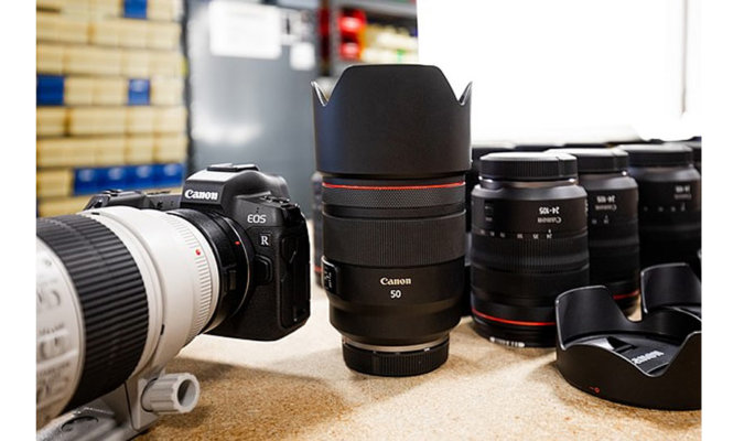 Canon RF 50mm f/1.2L Lens Disassembly Image