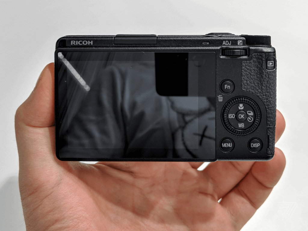 Ricoh GR III: Best Point and Shoot Camera for Street Photography 2