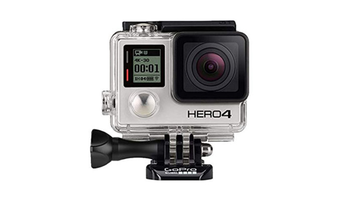 Taking a Look at the Matchbox-Sized GoPro Hero 4 Black 10