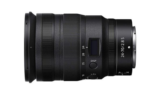 Nikon Z 24-70mm f/2.8 S: A Constant Aperture Zoom Lens for Z-System Cameras 12