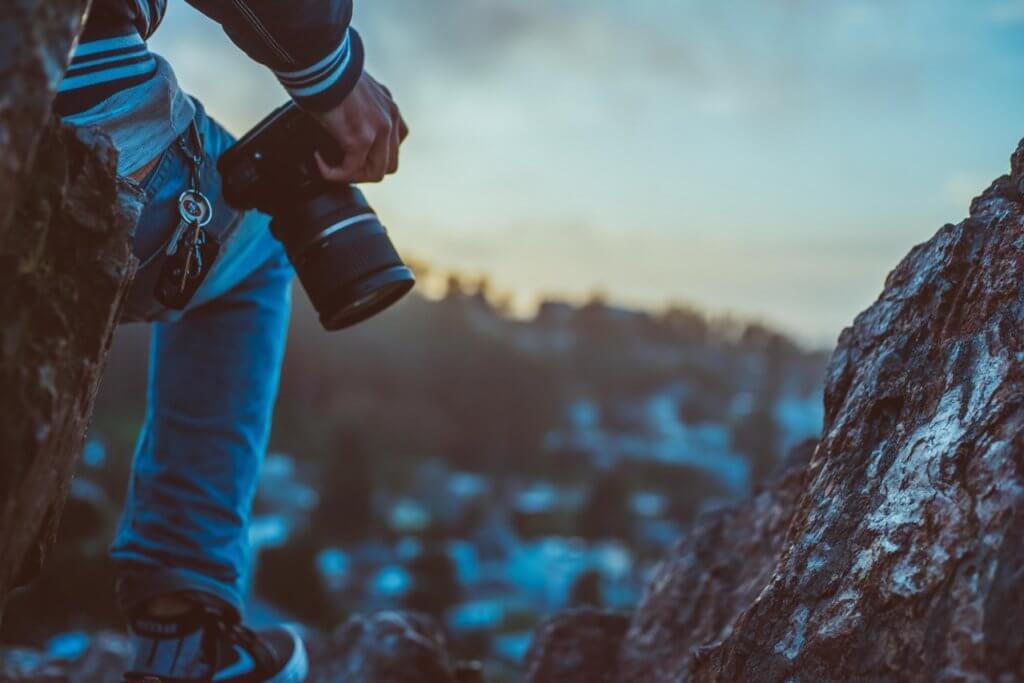 7 Best Cameras Under $250 1