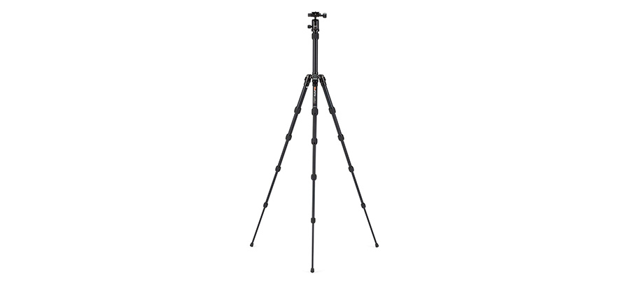 MeFoto Backpacker Tripod Review: Light and Compact 1
