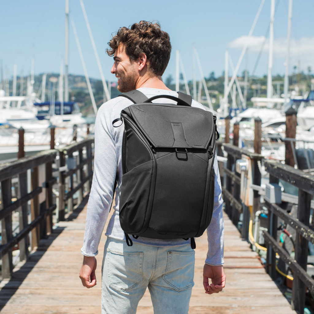 Peak Design Everyday Backpack Review: Taking Camera Bags to the Next Level 2