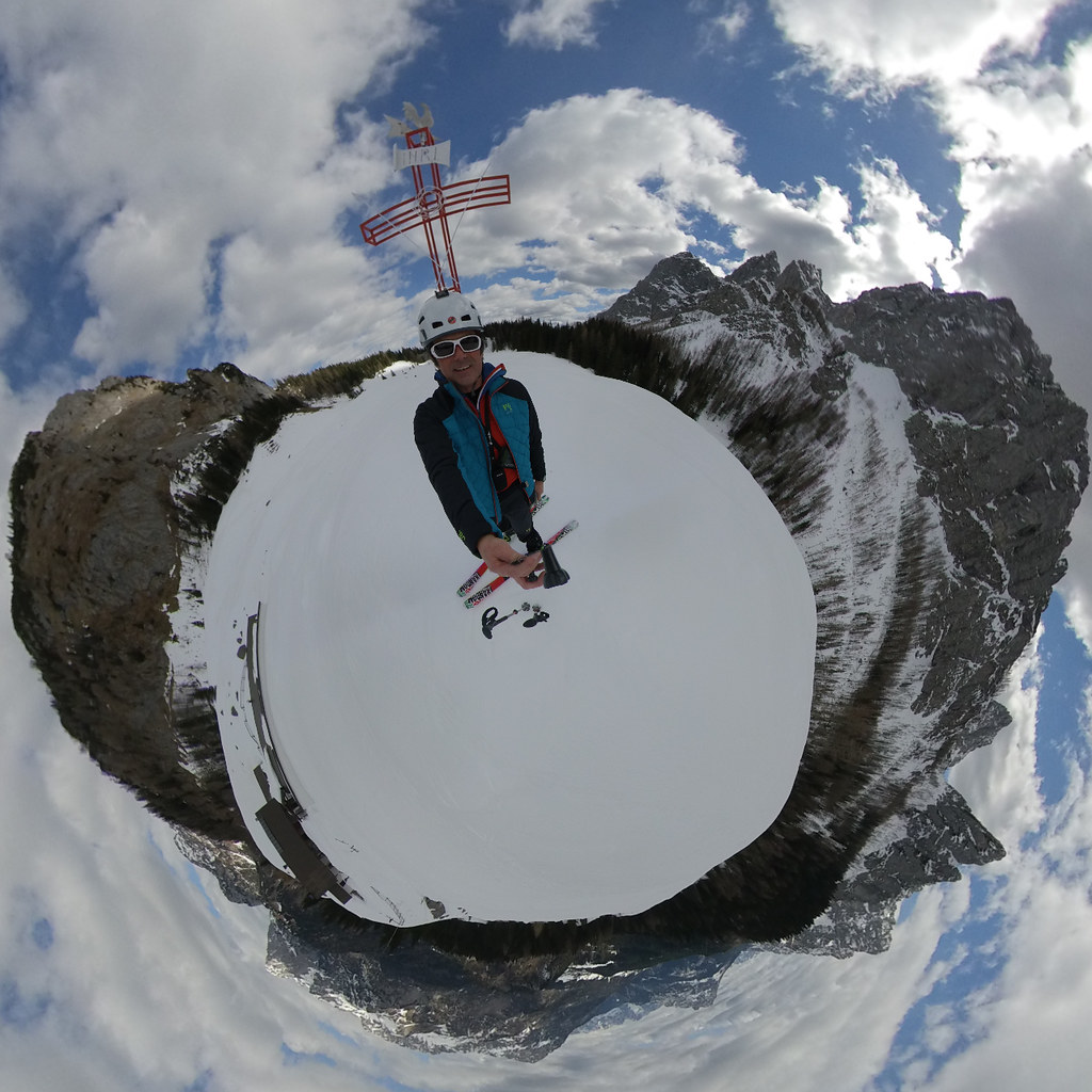 Best 360 cameras Image- Mountain- Snow