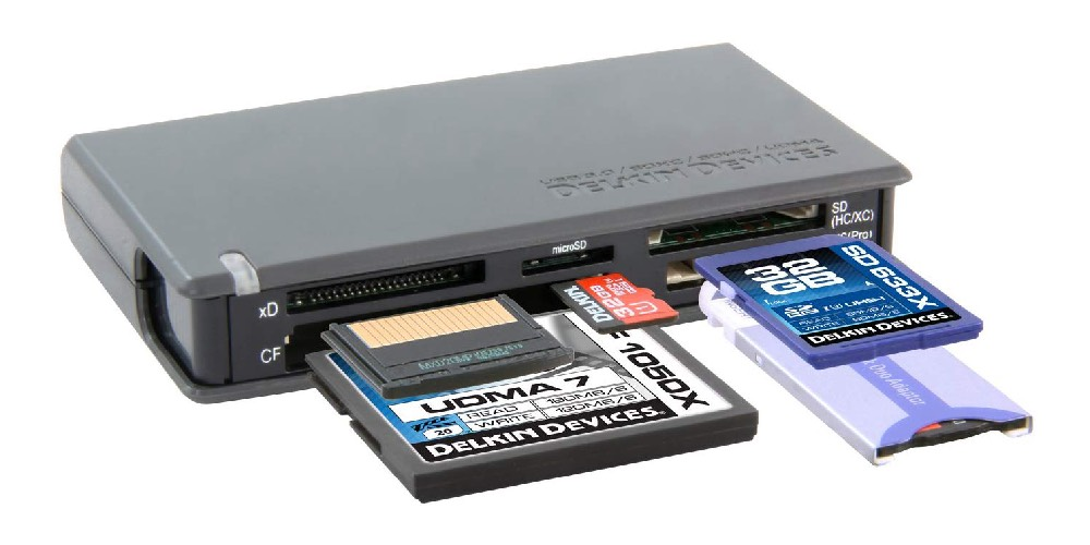 Delkin USB 3.0 Universal Memory Card Reader Image