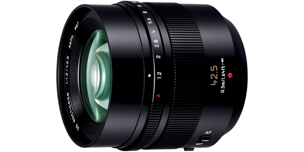 Panasonic Leica DG Nocticron 42.5mm f/1.2 ASPH Image