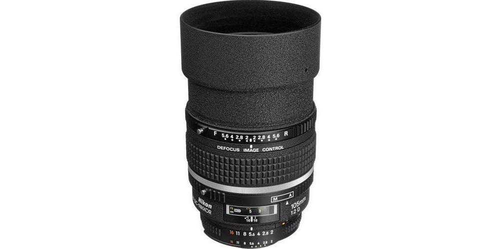 Nikon AF DC-NIKKOR 135mm f/2D Image