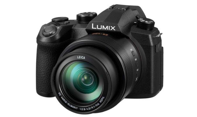 Panasonic Lumix FZ1000 II image-3