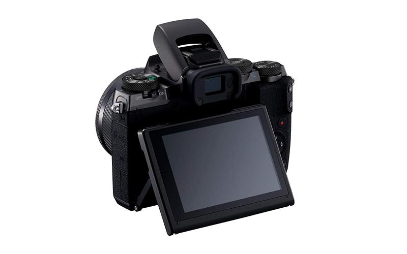 Canon EOS M5 Image 2