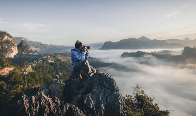 Cameras for Outdoor Photography Image
