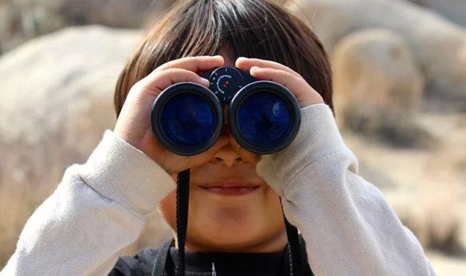 kids binoculars-image