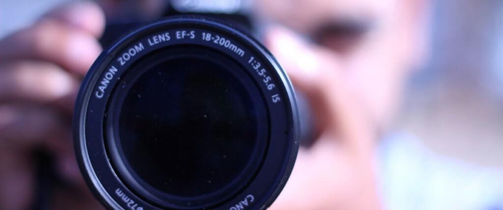 Best 18-200mm Lenses Image