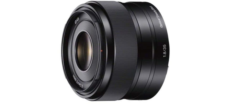Sony 35mm f/1.8 Image