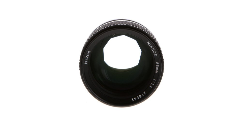 Nikon NIKKOR 85mm f/1.4 AI-S Image
