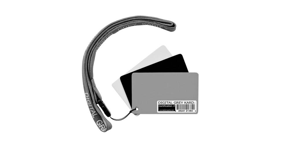 DGK Color tools Optek Premium-Reference White Balance Card Set Image