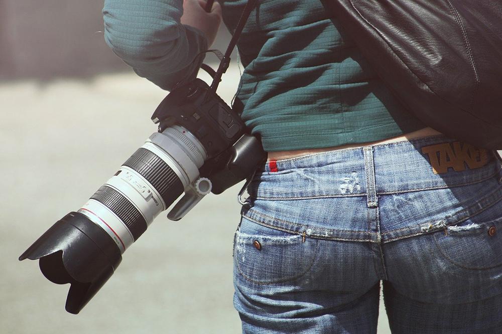 Best 200mm Lenses Image