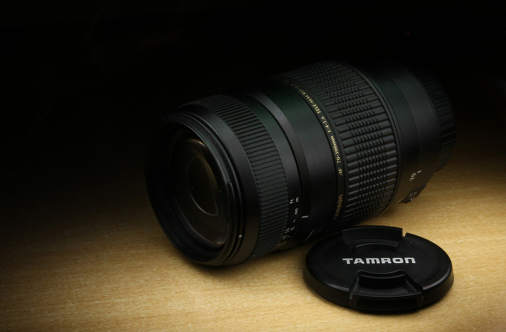Best Tamron Lenses for Canon DSLR Image