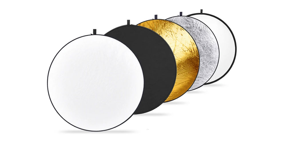 Neewer 5-in-1 Collapsible Multi-Disc Light Reflector Image