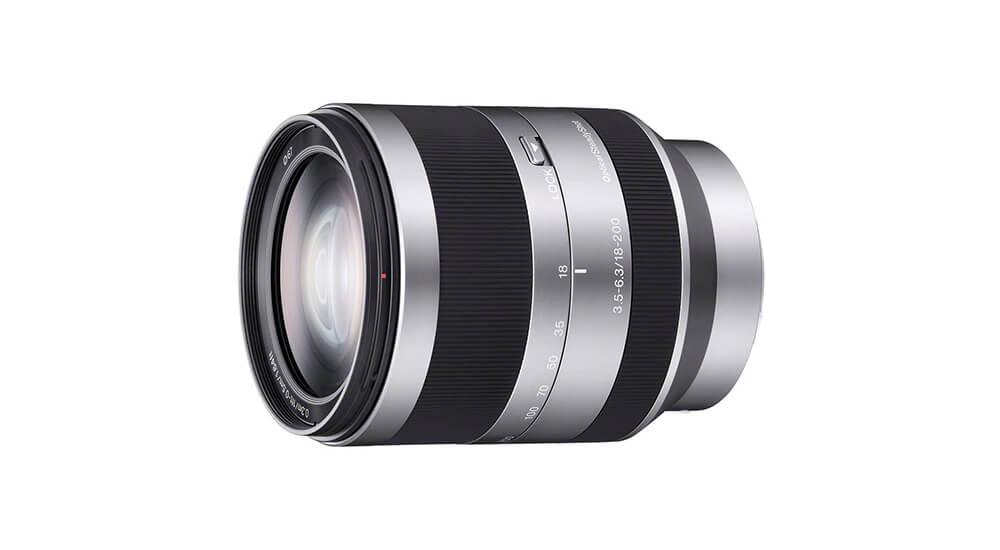Sony E 18–200mm f/3.5-6.3 OSS image
