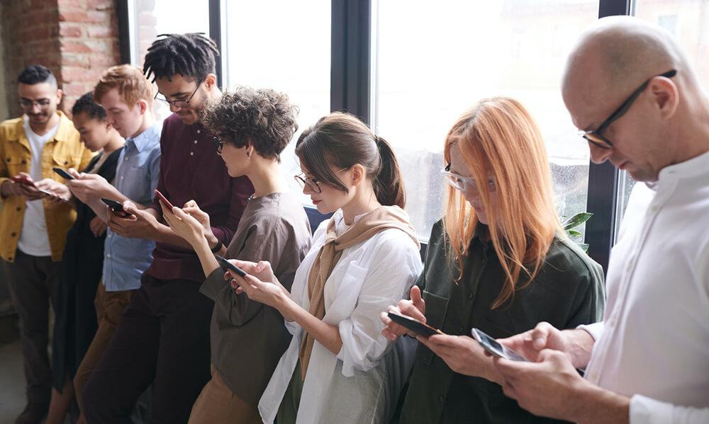 Smartphones Under $300 Image