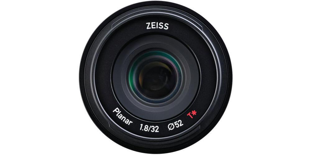 ZEISS Touit 32mm f/1.8 Image 1